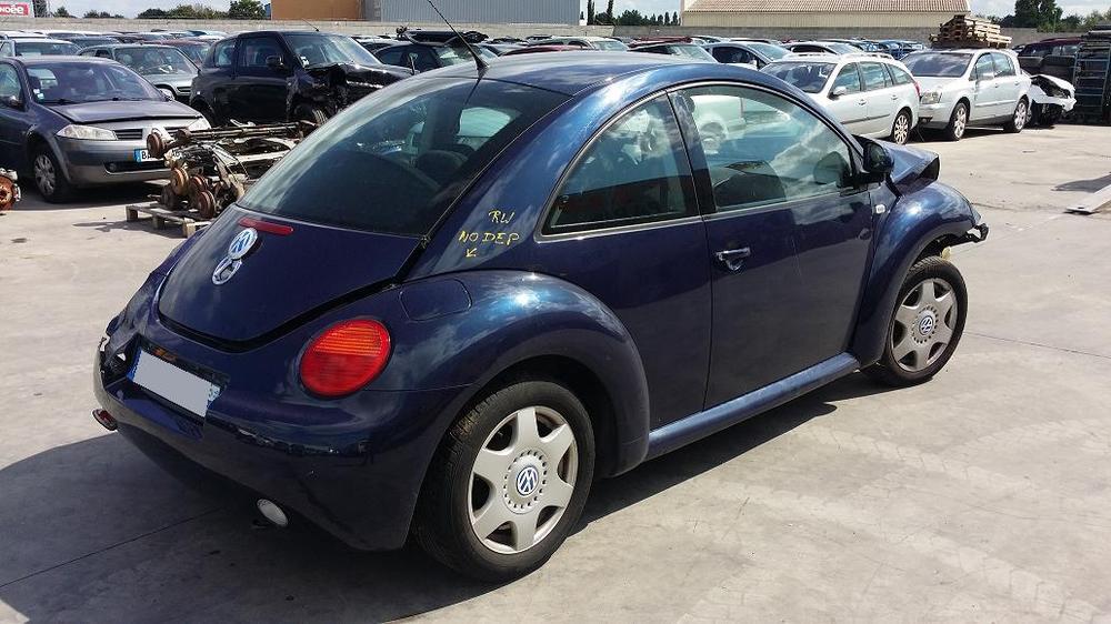 volkswagen new beetle 2 0 ess 115 la pi ce. Black Bedroom Furniture Sets. Home Design Ideas